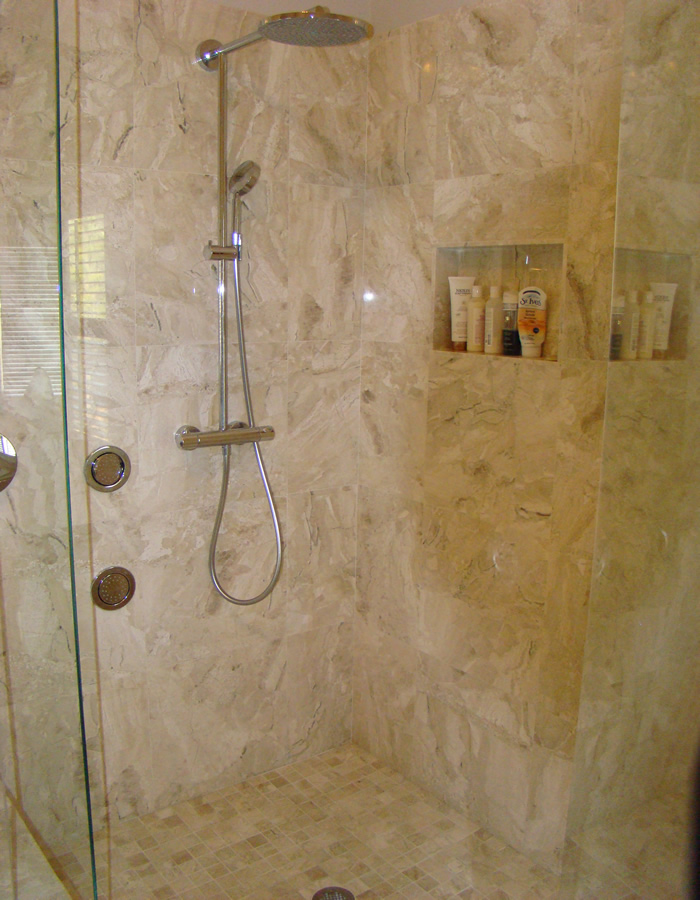 Bathroom ideas travertine design ideas for house for Travertine tile bathroom ideas