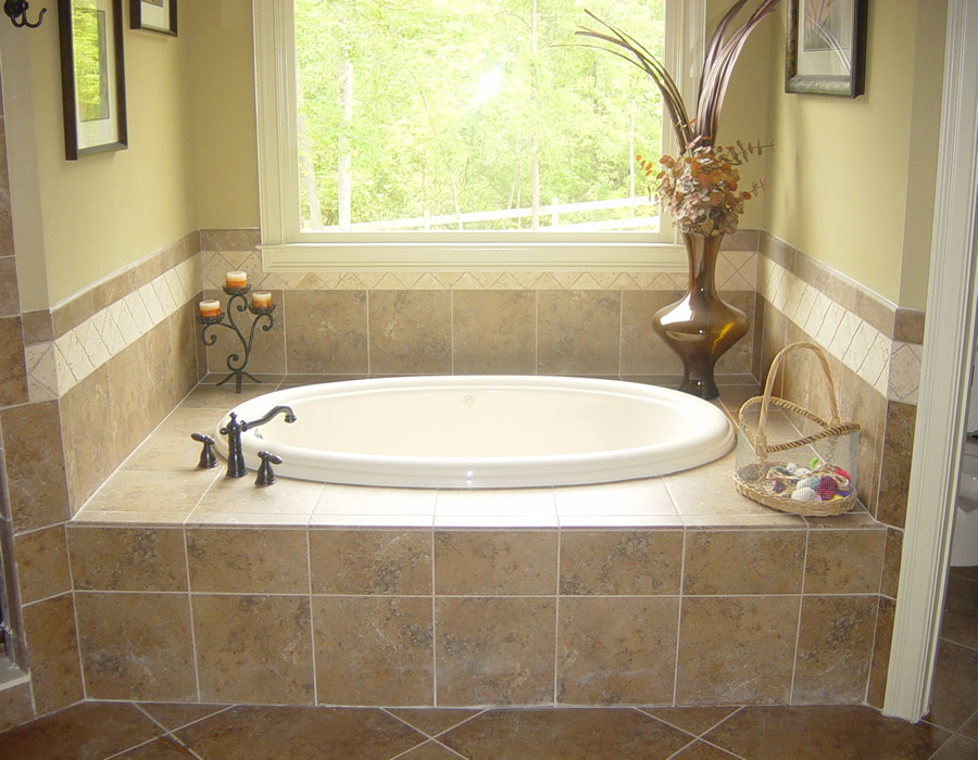 Suwanee ga bathroom remodeling ideas tile installation - Small bathroom remodel with tub ...