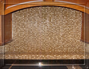 travertine_glass_backsplah_02.jpg