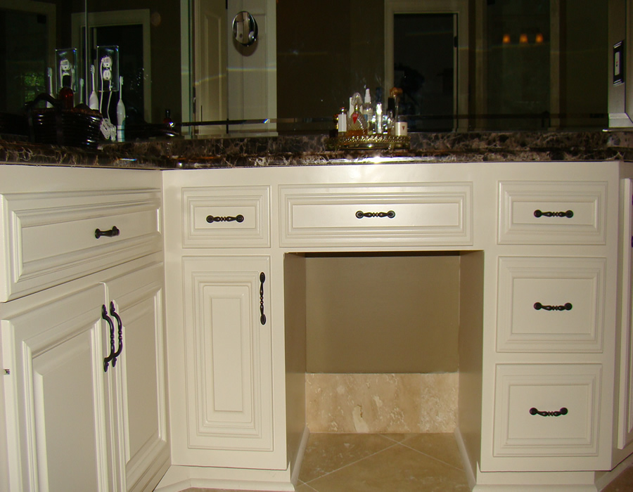 Alpharetta ga custom bathroom and kitchen cabinets and for Custom cabinets